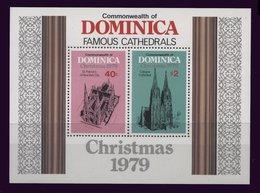 Lot 36-B4) Dominique **   Bloc 60 - Christmas - Dominique (1978-...)