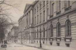 Bruxelles - Ecole Militaire Actuellement Ecole Royale Militaire ERM - Avenue De La Renaissance - Pas Circulé - Onderwijs, Scholen En Universiteiten