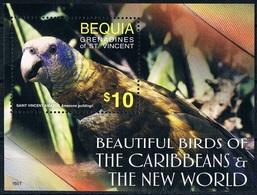 Bloc Sheet Oiseaux Perroquets Birds Parrots Neuf  MNH **  Bequia Grenadines Of St Vincent 2016 - Perroquets & Tropicaux