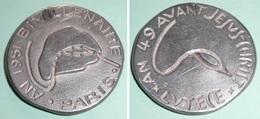 Rare Ancienne Médaille En Métal 49 Av. JC-1951 Bimillénaire Paris Lutèce - Tourist