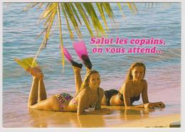 Salut Les Copains, On Vous Attend - Photographie Rossiaud - Belles Filles En Maillots Avec Palmes - Vrouwen