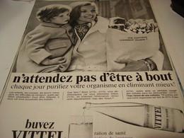 ANCIENNE PUBLICITE BUVEZ  VITTEL 1968 - Posters