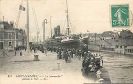 """CPA 44 Loire Atlantique Saint Nazaire """"La Normandie"""" Quittant Le Port + Départ Du """"Versailles"""" La Nouvelle Entrée Bateau - Saint Nazaire"""