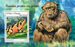 S. TOME & PRINCIPE 2018 - Chimpanzee, Endangered Sp. (Small) S/S. Official Issue - Chimpanzés