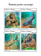 S. TOME & PRINCIPE 2018 - Chimpanzee, Endangered Sp. (Small). Official Issue - Chimpanzés