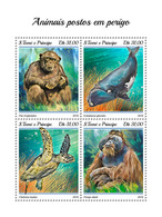 S. TOME & PRINCIPE 2018 - Chimpanzee, Endangered Sp. (Big). Official Issue - Chimpanzés