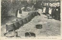 Noce Bretonne Au Pays De Cornouailles Festin De 1800 Personnes Les Douze Marmites -  7 - J. Sorel Edit. Rennes - Bretagne