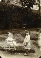 France Roubaix? Enfants Jouant Au Jardin Ancienne Photo 1900 - Photographs