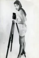 France Photographe Nue Féminin Appareil Photo Rolleiflex Ancienne Photo 1970 - Pin-ups