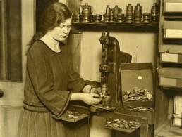Royaume Uni Fabrique De Pins Photographiques Prince De Galles Ancienne Photo 1930 - Professions