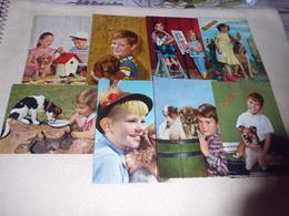 LOT DE 8 CARTES ..JEUNES ENFANTS ET CHIENS - 5 - 99 Postcards