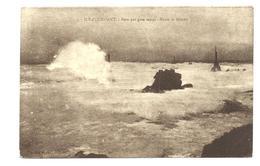 PERN En OUESSANT - PHARE De NIVIDIC Par Gros Temps (vers 1930) - Ouessant
