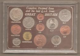 Regno Unito - Cofanetto FdS Emissione 1967 Decimal Issue & Pound - Mint Sets & Proof Sets