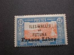 TIMBRE FRANCE LIBRE  N°104 WALLIS ET FUTUNA X - Wallis-Et-Futuna