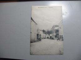 A461..CPA. 47. ESCASSEFORT. (Lot & Garonne). Grand'Rue. Beau Plan Animé. écrite 1938 - France