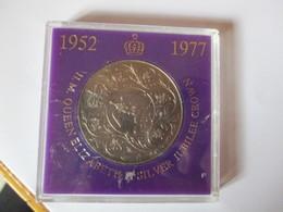 Great Britain: Jubilee Crown 1977 - 1971-… : Monnaies Décimales