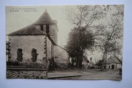 CPA 15 CANTAL SAINT ILLIDE. St Illide, église Et Place. - Autres Communes