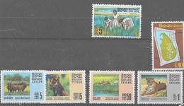 3 Series De Ceilán Nº Yvert 411, 412 Y 413/16 ** - Sri Lanka (Ceilán) (1948-...)