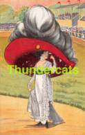 CPA MODE FEMME AVEC GRAND CHAPEAU SURREALISME FASHION LADY WITH  BIG HAT SURREAL - Mode