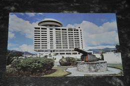 3915  TRINIDAD, HOTEL HOLIDAY INN - Trinidad