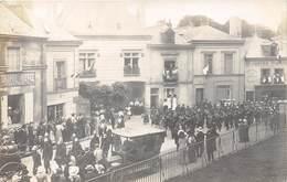 37-LANGEAIS- CARTE-PHOTO- FÊTES AGRICOLE 1910- DEFILE MISIQUE MUNICIPALE DE SAPEURS POMPIERS DE TOURS - Langeais