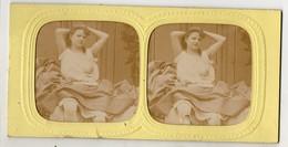 Lot De 2 Photos Stéréo érotique - 2 Jeunes Femmes Seins Nus , Poitrine Opulente - Images Colorisées à La Lumière - Photos Stéréoscopiques