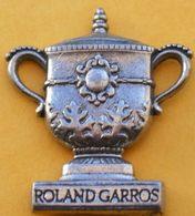 GG...205.........TENNIS.....   COUPE     ROLAND  GARROS - Tennis