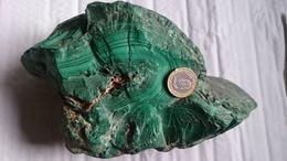 TRES BEAU  BLOC BRUT DE MALACHITE (zaire) 3,240 Kg - Minéraux