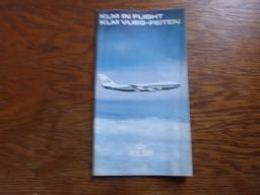 Document De Présentation KLM Airlines (anglais - Néerlandais) 32p Photos De La Flotte Cartes Instructions - Aviation Commerciale