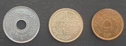 HX - Egypt 1993 Coin 25 Piastres UNC/A-UNC & 1993 Coin 10 Piastres UNC/A-UNC & 1993 Coin 5 Piastres UNC/A-UNC - Egypt