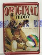 Metal Card. Original Teddy. Nounours Et Ballon - Cartes Postales