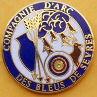 GG...221........TIR  A L'ARC....... COMPAGNIE D'ARC DES  BLEUS  DE  SEVRES - Archery