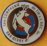 GG...232.......TIR  A L'ARC.........1ere COMPAGNIE  DE TIR A L'ARC DU  BAS BERRY - Archery