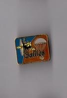 Pin's Aérospatial / Sonde Galileo (signé CEC ID Premier) Hauteur: 2,1 Cm - Space