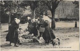 85 NOIRMOUTIER PLACE DU CHATEAU JOUR DE MARCHE 175 - Noirmoutier
