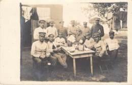 Gruppe Soldaten Mit Frauen - Guerra 1914-18