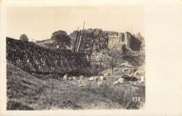 Zerstörte Eisenbahnbrücke - War 1914-18