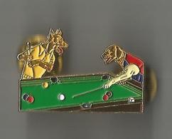 Pin's Chiens Jouant Au Billard - Billiards