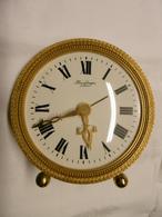 Horloge Pendulette De Table Réveil Mécanique HOUR LAVIGNE à PARIS - Clocks