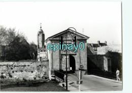 59 - BERGUES - Flandre Maritime - Porte De Cassel  - PHOTOGRAPHE ROBERT PETIT - ATLAS-PHOTO - Lieux