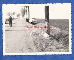 Photo Ancienne Snapshot - Haute Marne ? Vers Saint Dizier ? Chaumont ? - Accident D' Automobile - Gendarme Auto - Cars