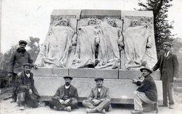 Carte Photo Ouvriers Devant Monument Erigée Aux Victimes Accident  Dirigeable La République Le 25 Septembre 1909 Trevol - France