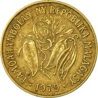 Monnaie, Madagascar, 10 Francs, 2 Ariary, 1979, Paris, TB+, Aluminum-Bronze - Madagascar
