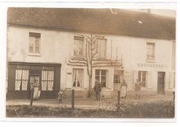 61 - VILLIERS SOUS MORTAGNE - Rare Photo-carte Du Bourg: Café De La Paix, Boulangerie. - France