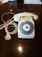 TELEPHONE BLANC A Cadran Rotatif Modéle S-63 En état De Marche Avec écouteur . Trés Beau - Téléphonie