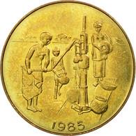 Monnaie, West African States, 10 Francs, 1985, Paris, TTB, Aluminum-Bronze - Côte-d'Ivoire