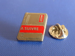 Pin's Compaq - A Suivre - Matériel Informatique Ordinateur - Zamac (YH48) - Computers