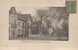 Dourdan : Avenue Carnot - Dourdan