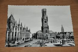 5652- BRUGGE  BRUGES, GROTE MARKT / Bus / Auto / Car / Coche / Voiture - Brugge