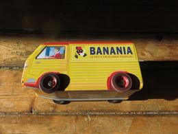 Boite Publicitaire BANANIA - Autres Collections